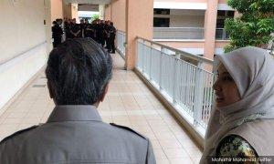 Dr M dan Nurul Izzah datang melawat Anwar secara mengejut.